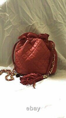 CHANEL Vintage CC Tassel Red Quilted Bucket Bag