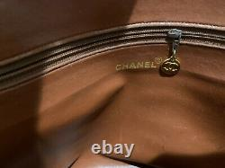 Chanel Vintage Caviar CC logo bag