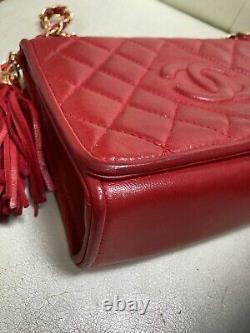 Chanel Vintage Red Tassel Flap Crossbody Bag Vintage Lambskin