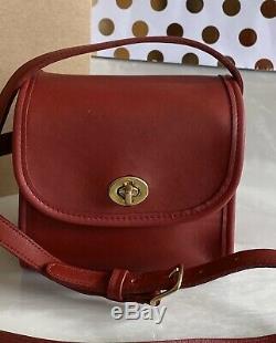 Coach Vintage Emmie Red Leather Crossbody Shoulder Bag 9018 Euc