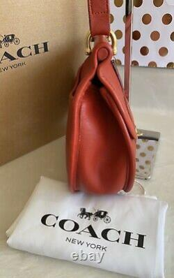 Coach Vintage Post Pouch Red Leather Crossbody Shoulder Bag Purse USA Euc Rare