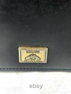 Moschino Redwall Red Black Leather Gold Tone Heart Shoulder Bag Vintage