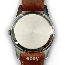 Omega Cal. 30-T2 PC 35mm, Red Star Dial Sub-Dial, Vintage Swiss Mechanical Watch