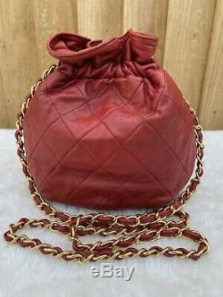 Authentique Chanel Vintage Matelassée Mini Sac À Cordonnet En Rouge (ghw)