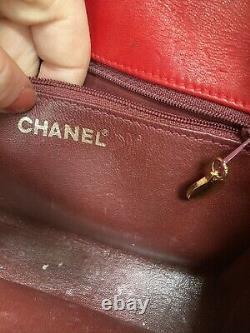 Chanel Vintage Red Tassel Flap Crossbody Sac Vintage Lambskin