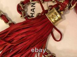 Chanel Vintage Sac De Tassel Rouge Ovale