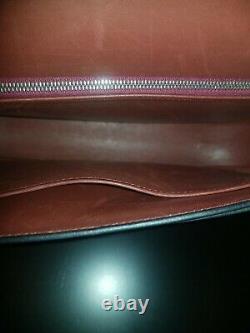Find Estate! Épaule Vintage Hermes Boucle Flap Maroon Sac En Cuir Vers 2000