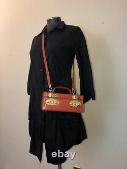 Rare Fendi Vintage Rouge Epi Leather Cosmetic Train Case Crossbody Sac (2 750 $)