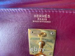 Vieille Sac À Main En Cuir Rouge Hermes Kelly, Sans Bandoulière, Taille 12 Pouces De L'autre Côté
