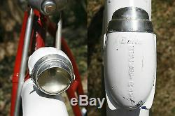 Vintage 1952 Schwinn Panther 26 Cruiser Bike. As Springer, Rocket Ray. Agréable