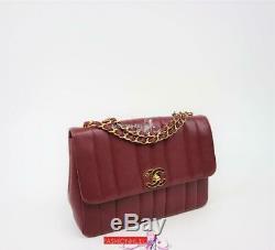 Vintage Chanel Classique Verticale Quilt Bourgogne Rouge Caviar Moyen Sac À Rabat En Or
