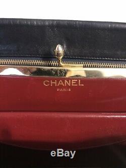 Vintage Chanel Noir / Rouge Matelassée Or CC Logo Sac À Bandoulière En Peau D'agneau Chaîne Porte-monnaie